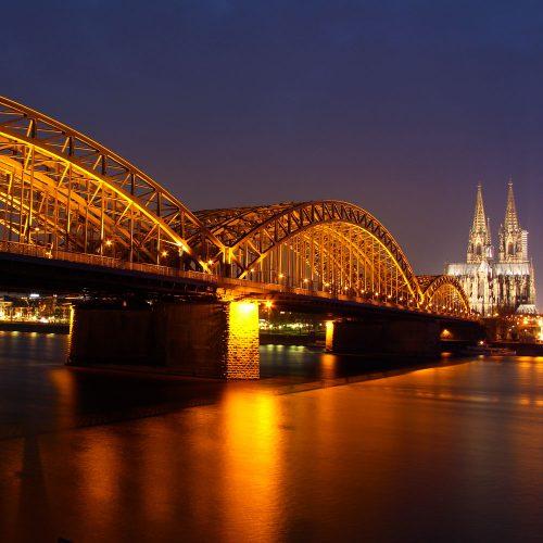 Köln Panorama bei Nacht